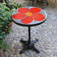 Table fleur rouge
